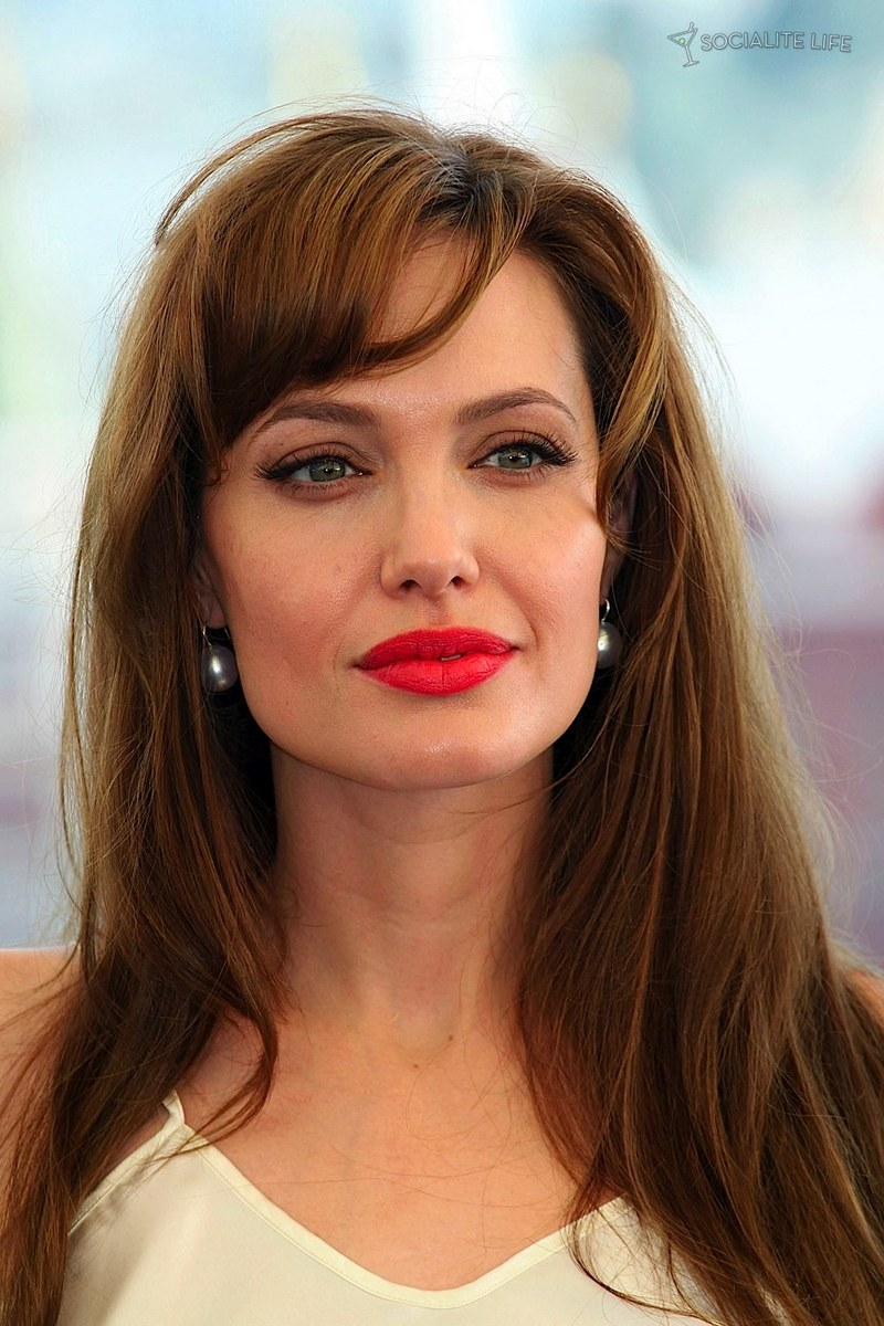 Angelina Jolie Red Lips Photoshoot Red lips Red Lipstick Photoshoot